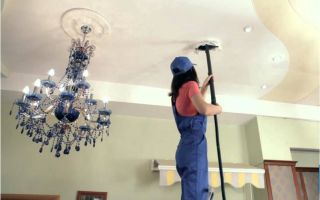 Как правильно мыть натяжной потолок, чтобы не было разводов?