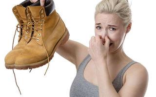 Как убрать запах из обуви: уксус, активированный уголь и другие подручные средства