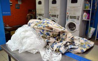 Как постирать шторы в домашних условиях: рулонные, римские, капроновые, шёлковые и другие