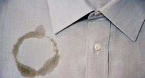 жирное пятно на рубашке