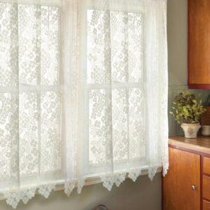 Тюль на окнах