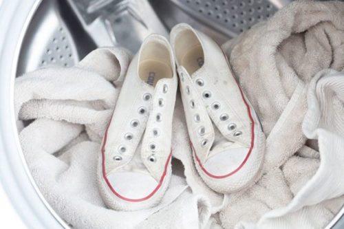 белые кеды в стиральной машине