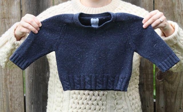 Маленький свитер