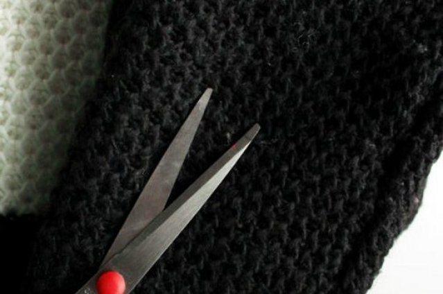 Удаление катышков ножницами