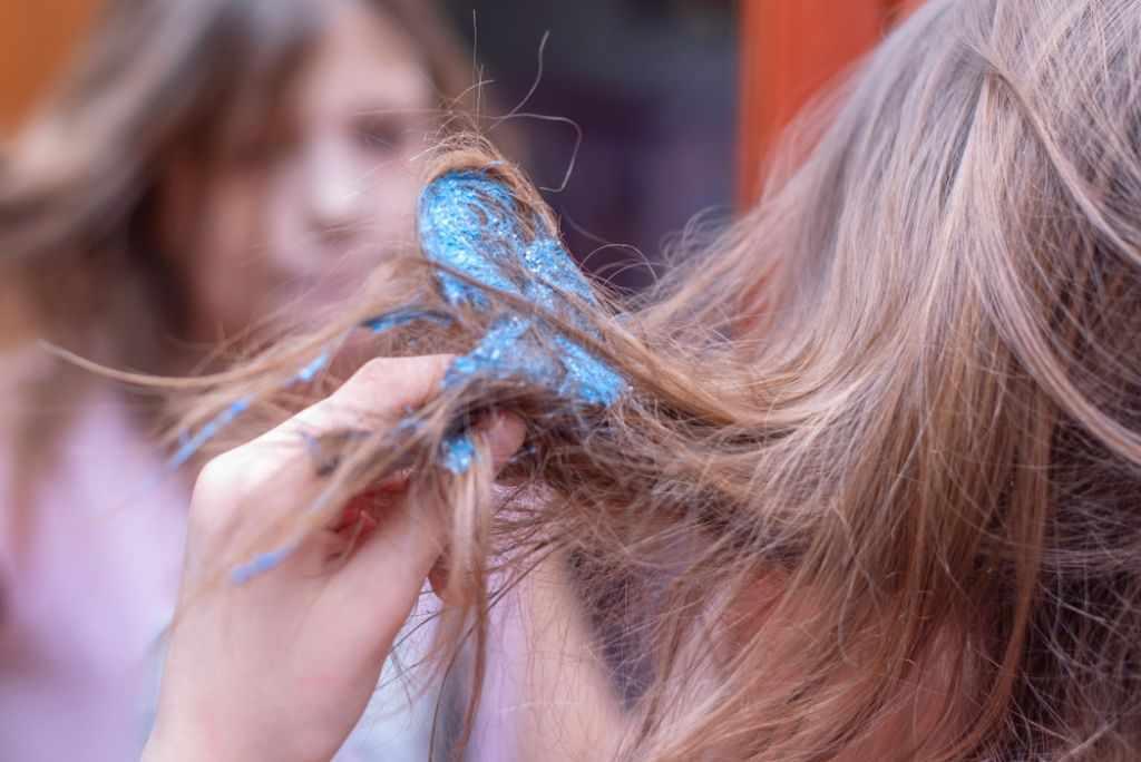 Слайм в волосах