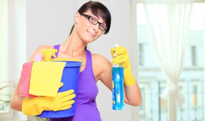 Мытье пластиковых панелей